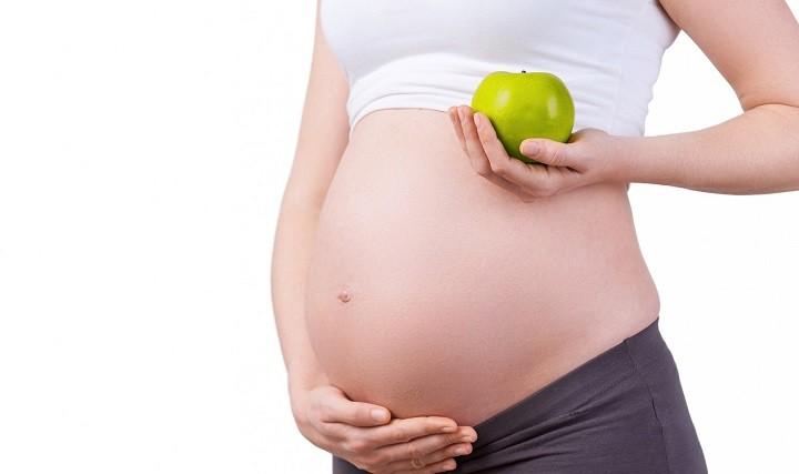 gebelikte-elma-yemek