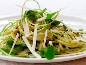 semizotlu-makarna-salatasi